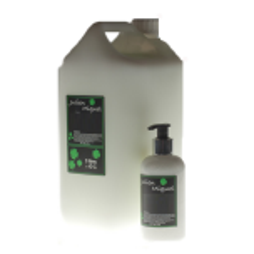Coconut Hair & Body Shower Gel Pump Bottle Janitorial Supplies